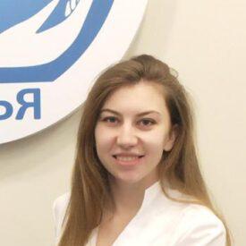 Стоматолог Мякинина Елена Сергеевна - стоматология Семья в Лобне