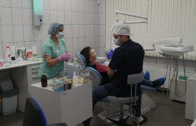 Стоматологи за работой - апрель 2020